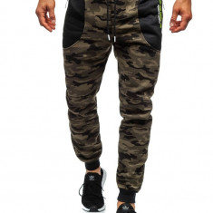 Pantaloni de trening camuflaj verde Bolf TC876