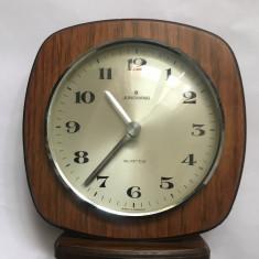 Ceas de Masa, marca JUNGHANS