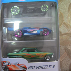 Set masinute Hot wheels 3