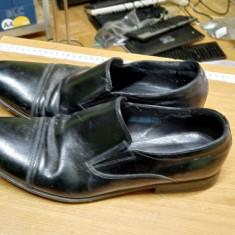 Pantofi Nr. 43
