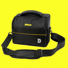 Geanta pentru DSLR Nikon D3200 D3500 D5300 D5200 D7500 D7200 etc.