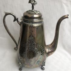 Ceainic vechi argintat din perioada interbelica