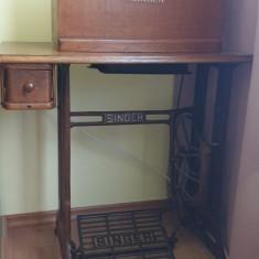 Maşină de cusut SINGER impecabilă