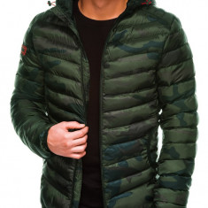 Geaca pentru barbati camuflaj verde impermeabila fermoar model slim gluga fixa c368