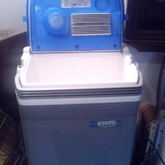 Lada frigorifica Auto  25 l la 12 V