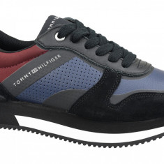 Cumpara ieftin Półbuty Tommy Hilfiger Active City Sneaker FW0FW04304-990 pentru Femei