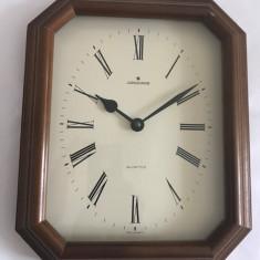 Ceas de perete, marca JUNGHANS