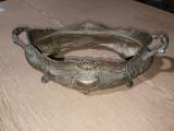 Jardinera din bronz masiv