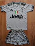 Echipament Juventus  5-6 ani, 9-10 ani,10-11 ani