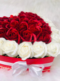 Aranjament Inima trandafiri de sapun
