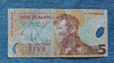 5 Dollars Noua Zeelanda / dolari New Zeeland foto