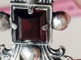 Granat - Superba brosa eleganta mare argint