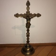 Cruce veche din alama,crucifix cu Isus rastignit