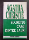 SECRETUL CASEI DINTRE LAURI - Agatha Christie