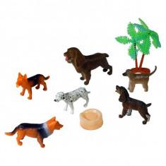 Jucarie Set animale de companie catei de rasa cu palmier si castron