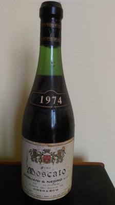 VIN DE COLECTIE MOSCATO 1974 foto