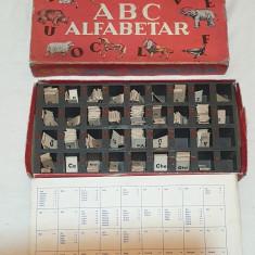 Jucarie veche comunista de colectie JOC VECHI ROMANESC la cutie - ALFABETAR 1975
