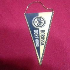 Fanion       Borussia  Dortmund