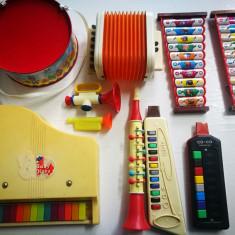 Jucarii obiecte muzicale vechi. Jucarii chinezesti vechi: Triola,Toba,Pian.