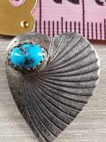 TURCOAZ  - Superba brosa veche - INIMIOARA-eleganta  argint