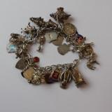 Bratara vintage din argint cu talismane((7100)