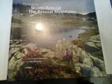 MUNTII RETEZAT - THE RETEZAT MOUNTAINS - Ad Libri
