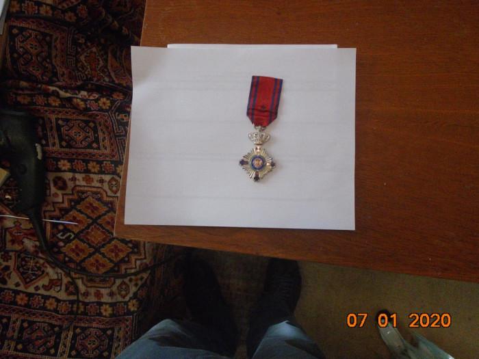 Ordinul Steaua Romaniei , Cavaler, la pace, model Carol 1.