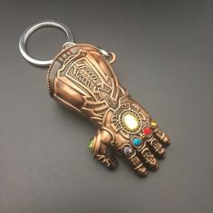 Breloc Thanos Avengers Marvel Thanos's Gauntlet