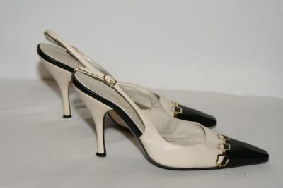 Pantofi din piele naturala Casadei marimea 7 foto