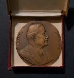 Medalie 1940 Theodor Nicolau - aniversara - Pt activ. comerciala per. regalista