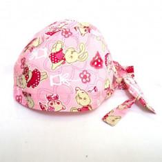 Boneta roz cu iepuras