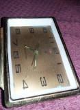 CEAS DE MASA VECHI,Ceas de masa Made in CHINA VECHI,Defect,T.GRATUIT