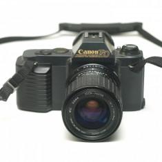 Canon T50 + Sigma 35-70mm f2.8-4