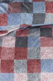 Cumpara ieftin Lenjerie pat patrate colorate Juneau Bleu 200×200/220 cm