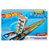 Pista pentru acceleratii maxime Hot Wheels cu masinuta, Mattel