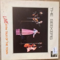 """THE  SEEKERS  - ' LIVE AT THE TALK OF THE TOWN """"- 1968  - DISC  DE  VINIL"""