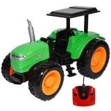 Tractor cu telecomanda si acumulator pentru copii Verde Scara 1:14