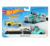 Set camion si masina sport, Hot Wheels Driving Wild