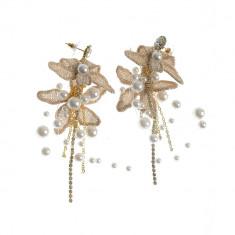 Cercei spectaculosi, cu perle acrilice