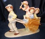 Copii cu carut figurina statueta portelan Scena Copilarie Romania