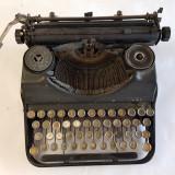 MASINA DE SCRIS VECHE -MI-2-anii 1930