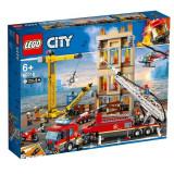 LEGO® CITY - Divizia pompierilor din centrul orasului 60216