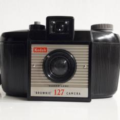 aparat foto vechi Kodak Brownie 127 anii 50