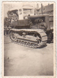 bnk foto - Tractor pe senile Hanomag - anii `60