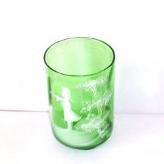 "Moser: pahar sticla verde smarald tip ""Mary Gregory"" - cca. 1880-1900, handmade"