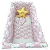 Cumpara ieftin Lenjerie de patut bebelusi 120x60 cm cu aparatori Maxi Deseda Steluta Noapte buna roz