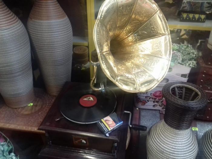 Gramofon model mare