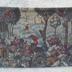 tapiserie veche  dimensiuni 188 x120 cm