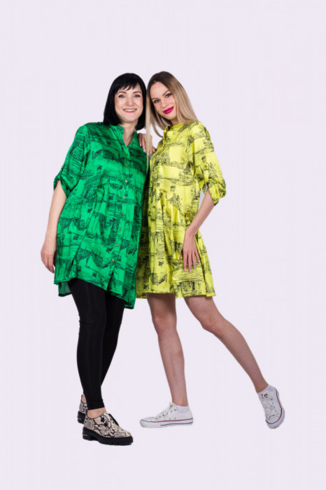 Rochie Trip in Paris verde oversize cu maneci ajustabile