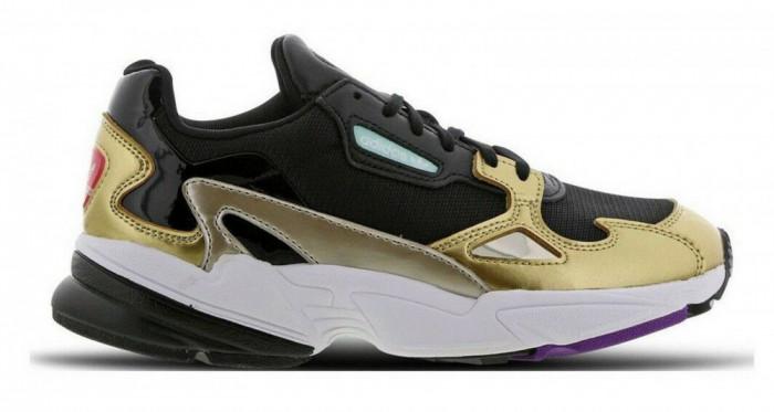 Pantofi sport Adidas Falcon culoare negru auriu ,marimea 42